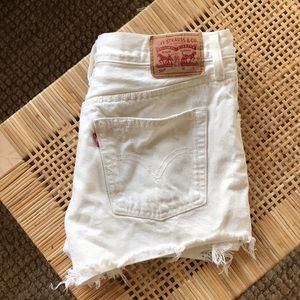 Pants - Levi's white jean shorts